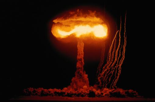 Bomb「Nuclear Mushroom Cloud」:スマホ壁紙(11)