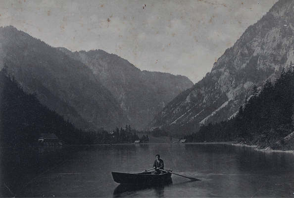 Mountain「Lake Leopoldstein」:写真・画像(1)[壁紙.com]
