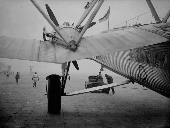 飛行機「Hauling Horatius」:写真・画像(15)[壁紙.com]