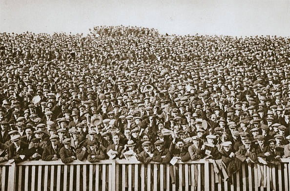 Soccer「Saturday Football Crowd 20th Century」:写真・画像(11)[壁紙.com]