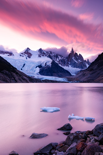 UNESCO World Heritage Site「Laguna Torre and Cerro Torre at Sunset, Patagonia, Argentina」:スマホ壁紙(3)