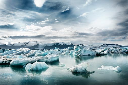 Drift Ice「Iceland, South of Iceland, Joekulsarlon glacier lake, icebergs」:スマホ壁紙(17)