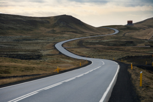 Winding Road「Iceland, south bound road toward Grindavik」:スマホ壁紙(0)