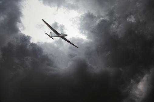 Glider「グライダーのストーム」:スマホ壁紙(3)