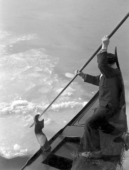 Passenger Craft「Cold Wave Hits Venice」:写真・画像(13)[壁紙.com]