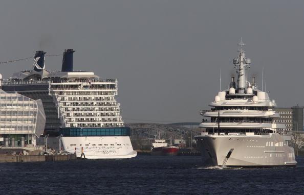 船・ヨット「Roman Abramovich Yacht 'Eclipse' Nears Completion」:写真・画像(15)[壁紙.com]