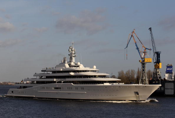 船・ヨット「Roman Abramovich Yacht 'Eclipse' Nears Completion」:写真・画像(11)[壁紙.com]