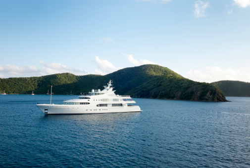 Ship「Mega Yacht near island」:スマホ壁紙(16)