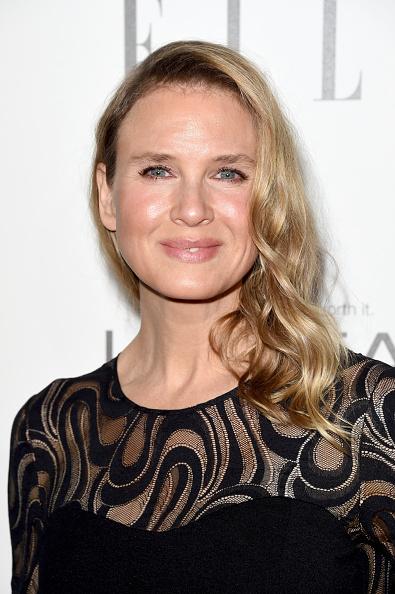 カメラ目線「ELLE's 21st Annual Women In Hollywood Celebration - Arrivals」:写真・画像(9)[壁紙.com]