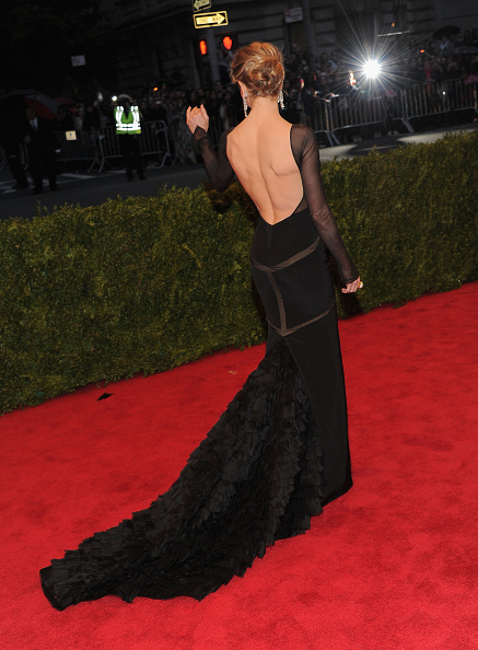 女優「'Schiaparelli And Prada: Impossible Conversations' Costume Institute Gala」:写真・画像(16)[壁紙.com]