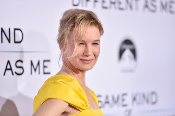 """Renée Zellweger「Premiere Of Paramount Pictures And Pure Flix Entertainment's """"Same Kind Of Different As Me"""" - Red Carpets」:写真・画像(4)[壁紙.com]"""