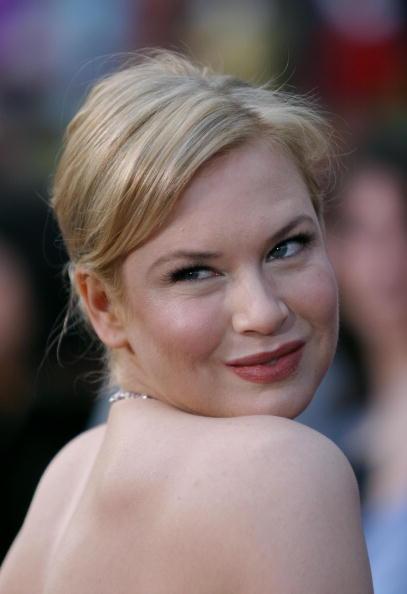 Necklace「76th Annual Academy Awards - Arrivals」:写真・画像(4)[壁紙.com]
