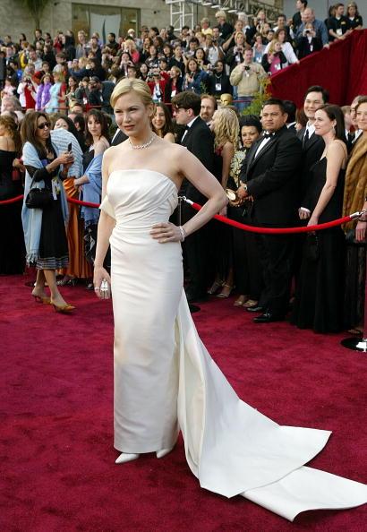 Costume Jewelry「76th Annual Academy Awards - Arrivals」:写真・画像(1)[壁紙.com]