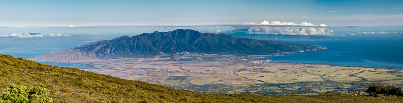 Pukalani「View of West Maui from Haleakala National Park,Maui,Hawaii,USA」:スマホ壁紙(16)