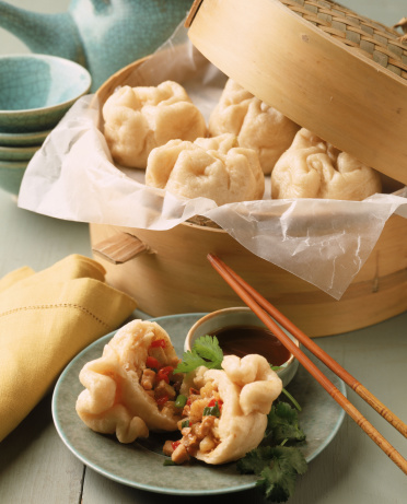 Chinese Steamed Bun「Steamed dumplings with chicken , pepper , and scallions」:スマホ壁紙(9)