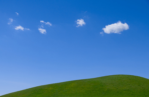 Rolling Landscape「clouds and green hill」:スマホ壁紙(4)