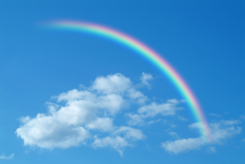 虹「Clouds and rainbow in blue sky, computer graphic」:スマホ壁紙(5)