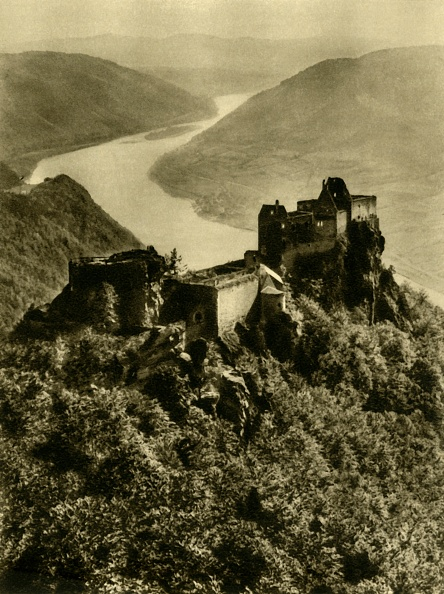 Physical Geography「Aggstein Castle」:写真・画像(8)[壁紙.com]