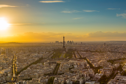 French Culture「Eiffel Tower in Paris at sunset」:スマホ壁紙(3)