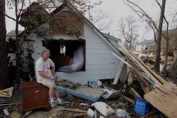 Bedroom「Rescue And Cleanup Efforts Continue In Katrina's Wake」:写真・画像(11)[壁紙.com]
