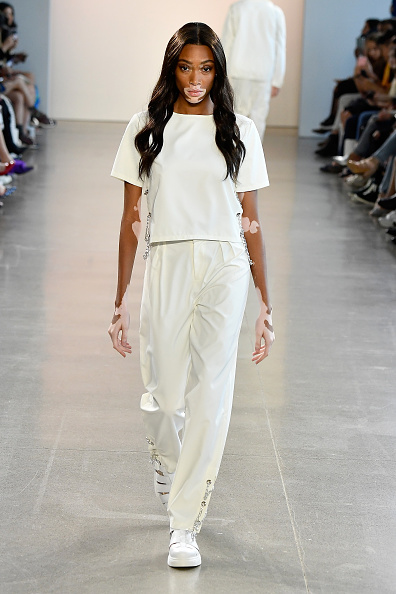 White Color「Nana Judy - Runway - September 2018 - New York Fashion Week: The Shows」:写真・画像(13)[壁紙.com]