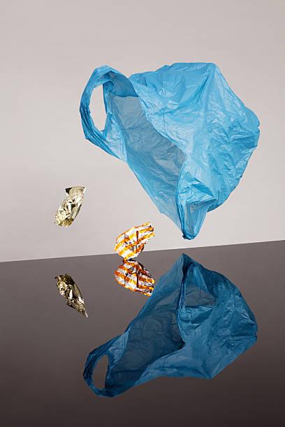 Plastic Bag and Candy Wrap:スマホ壁紙(壁紙.com)