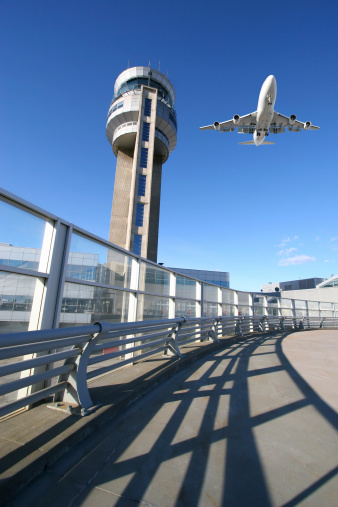 Approaching「Air Traffic Control Tower」:スマホ壁紙(11)