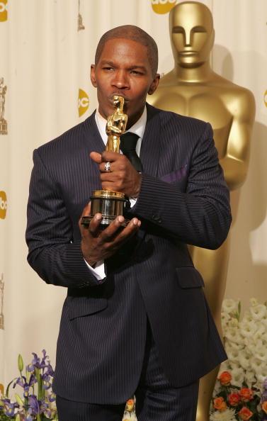 Academy Awards「The 77th Annual Academy Awards - Deadline Photo Room」:写真・画像(19)[壁紙.com]