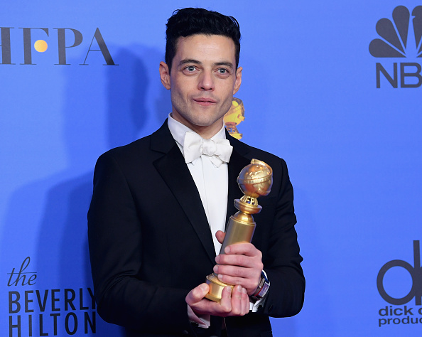 Golden Globe Award trophy「76th Annual Golden Globe Awards - Press Room」:写真・画像(7)[壁紙.com]