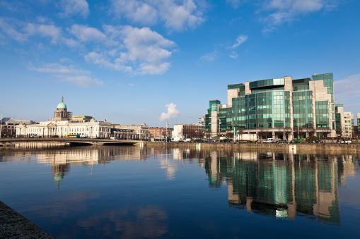 Liffey River - Ireland「Dublin's Quayside Buildings」:スマホ壁紙(12)