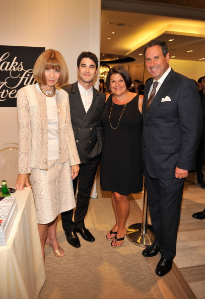 Saks Fifth Avenue「Fashion's Night Out At SAKS Fifth Avenue」:写真・画像(14)[壁紙.com]
