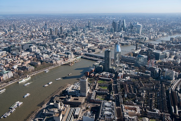 Office Building Exterior「View Over The City Of London From The South Bank」:写真・画像(17)[壁紙.com]