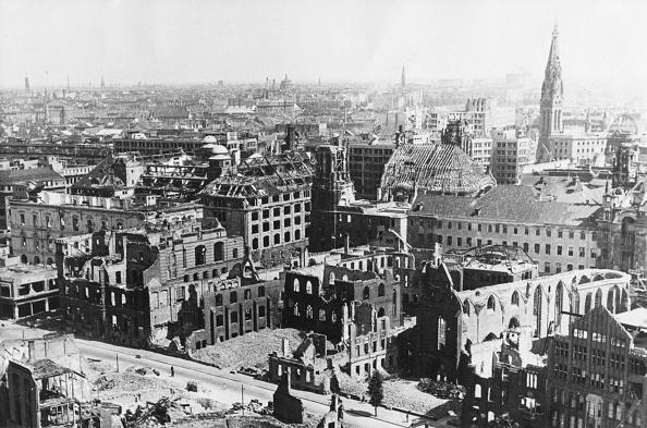 Ruined「Berlin In Ruins」:写真・画像(2)[壁紙.com]