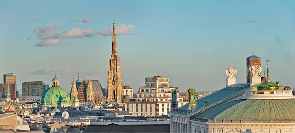 Dawn「View Over Vienna'S City Center From The Town Hall」:写真・画像(6)[壁紙.com]