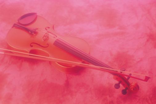 Violin「Violin and bow」:スマホ壁紙(11)