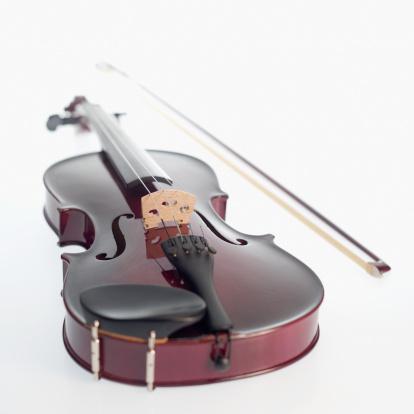 Violin「A violin and bow」:スマホ壁紙(8)