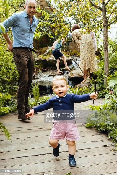 Prince Louis of Cambridge「Duchess of Cambridge Visits RHS Chelsea Flower Show garden」:写真・画像(14)[壁紙.com]