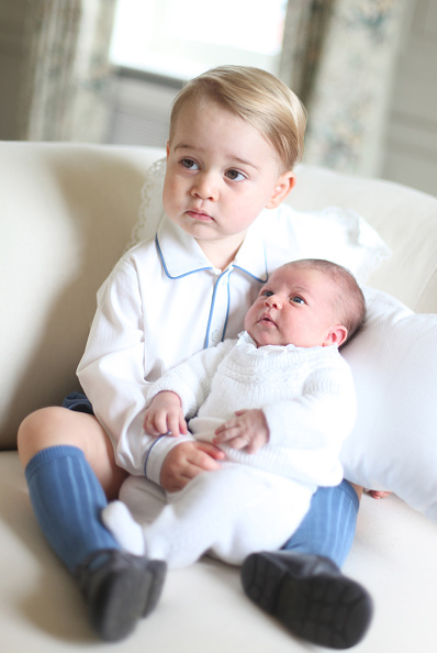 2015年「Prince George & Princess Charlotte Of Cambridge - Official Photographs Released」:写真・画像(17)[壁紙.com]
