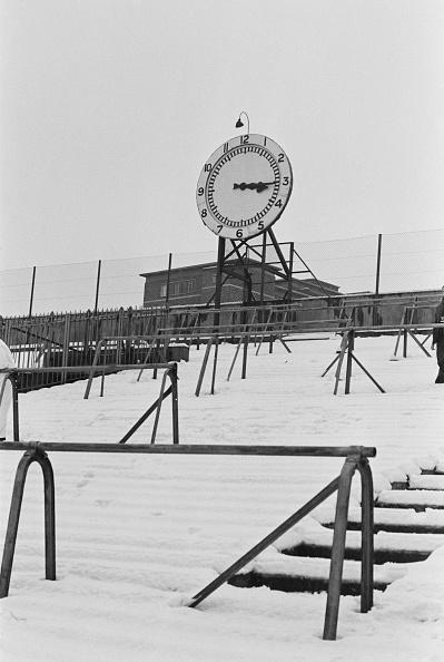 Snow「Clock End, Arsenal Stadium」:写真・画像(10)[壁紙.com]