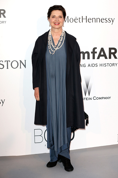 Isabella Rossellini「amfAR's 22nd Cinema Against AIDS Gala, Presented By Bold Films And Harry Winston - Arrivals」:写真・画像(15)[壁紙.com]
