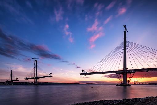 Romantic Sky「Scotland, Construction of the Queensferry Crossing Bridge at sunset」:スマホ壁紙(13)