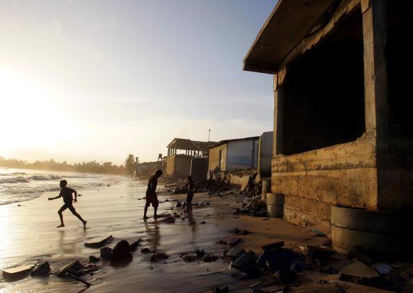Sri Lankan Ethnicity「Tsunami Recovery Continues In Sri Lanka」:写真・画像(11)[壁紙.com]
