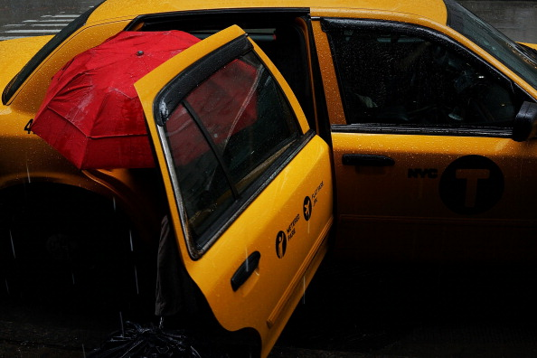Taxi「New York City Region Hit With Heavy Rains」:写真・画像(10)[壁紙.com]