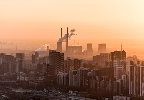 Smog「Beijing, factory with smoke coming out of chimneys」:スマホ壁紙(16)