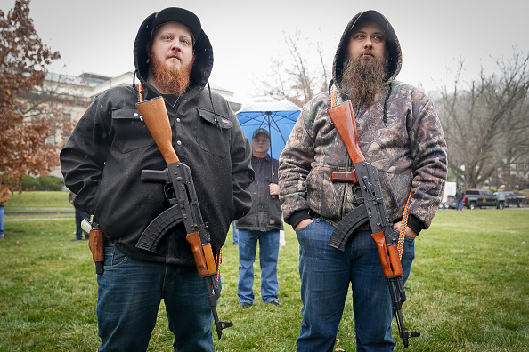Kentucky「Gun Rights Advocates Hold 2nd Amendment Rally At Kentucky State Capitol」:写真・画像(16)[壁紙.com]