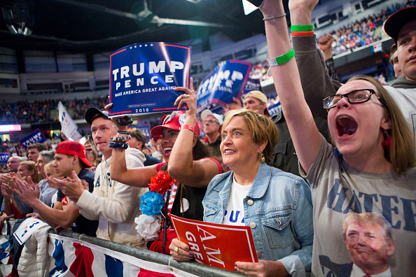 Jessica Kourkounis「Donald Trump Holds Rally In Wilkes-Barre, PA」:写真・画像(0)[壁紙.com]