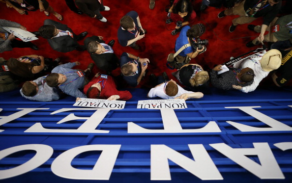 Delayed Sign「2012 Republican National Convention Delayed By Tropical Storm Isaac」:写真・画像(0)[壁紙.com]
