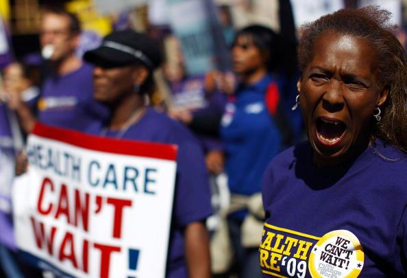 Support「Activists Group Stages Health Care Protest Outside Insurer's Meeting」:写真・画像(1)[壁紙.com]
