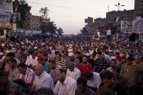 Giles「Morsi Supporters Continue Protest One Day After Scores Killed」:写真・画像(10)[壁紙.com]