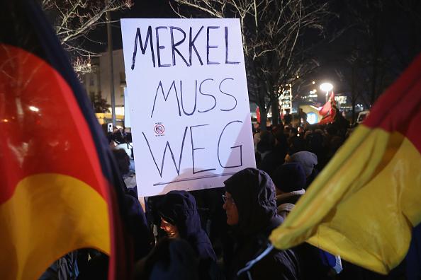 2016 Berlin Christmas Market Attack「AfD Holds Vigil Following Berlin Terror Attack」:写真・画像(10)[壁紙.com]